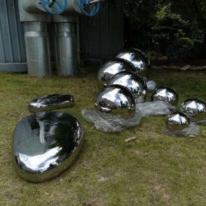 stainless steel pebble sculpture